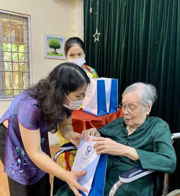 74 năm Ngày Thương binh - Liệt sỹ: Giọt nước mắt và những lời ân